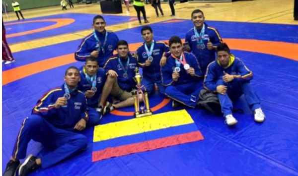 15 medallas lucha sudamericano juvenil