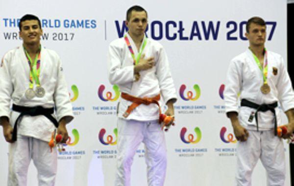 2 medallas de plata en jiu jitsu en juegos mundiales