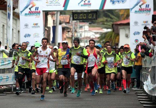 Acosta revalidó titulo en media maratón de Sopó