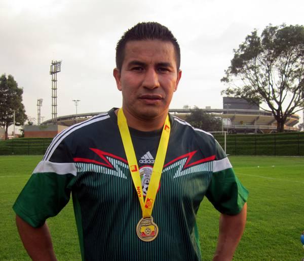 Alejandro Zea