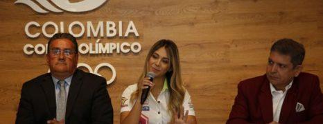 """ANDREA DOMINGUEZ: """"ME SIENTO ORGULLOSA DE SER LA PRIMERA MUJER EN LA ÉLITE DE LA MOTONÁUTICA MUNDIAL"""""""