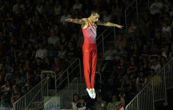 Angel Hernández Gimnasia1