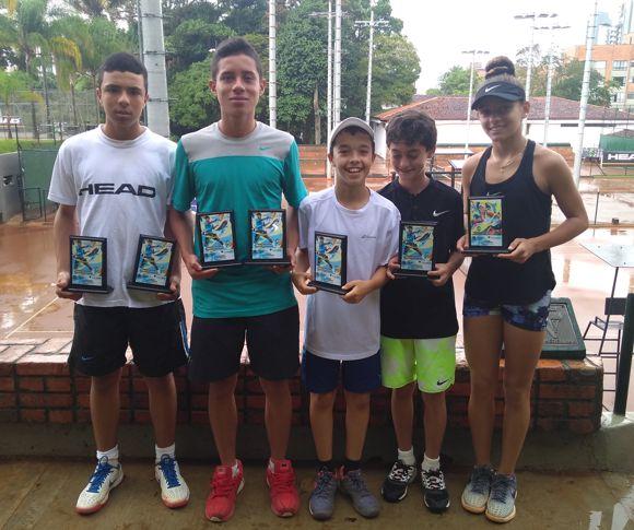 Antioquia 5 títulos campestre