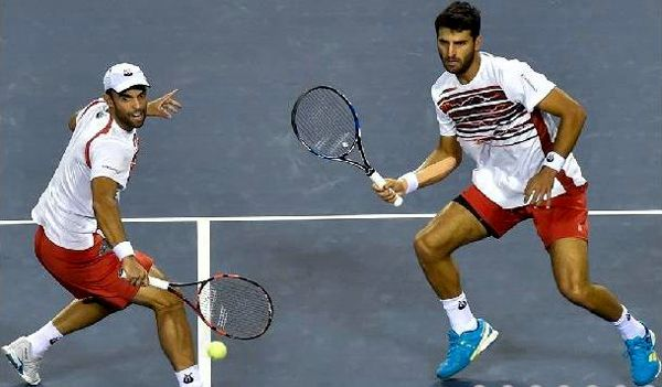 Cabal y Farah a la final en Tokio