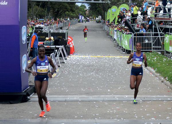 Carrera Mujer Bogota 2015 2 y 3