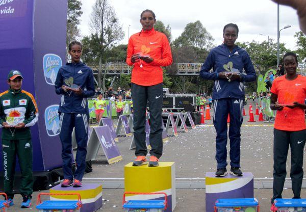 Carrera Mujer Bogota 2015 podio