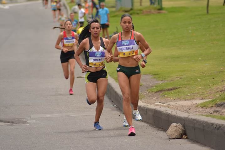 Carrera Mujer Bogota 2016 premiacion especial