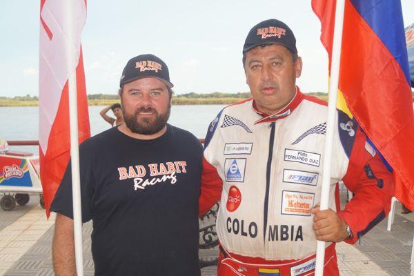 Chad Burns (izq.) y Luis fernando Díaz