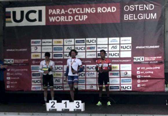 Diego Dueñas tercer bronce