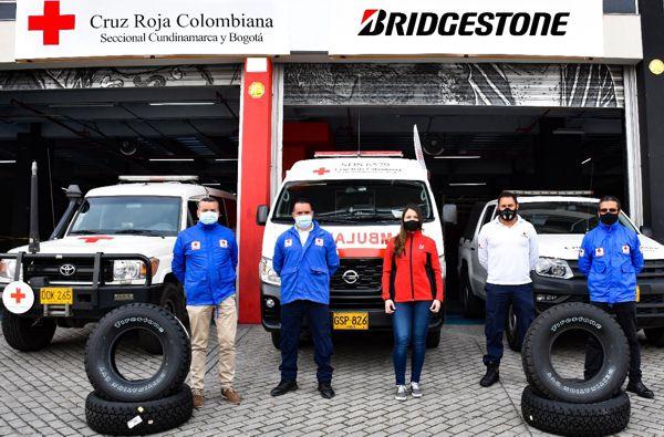 BRIDGESTONE RENUEVA LAS LLANTAS DE 42 AMBULANCIAS DE LA CRUZ ROJA A NIVEL REGIONAL