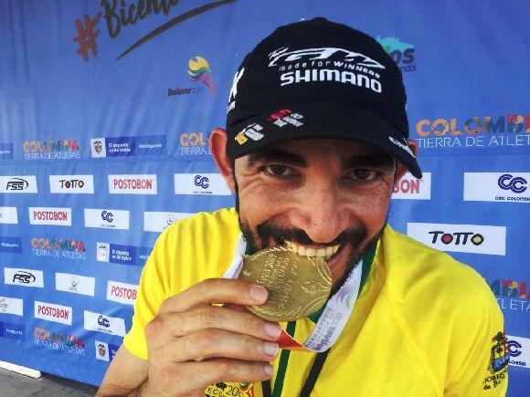 José Serpa medalla de oro