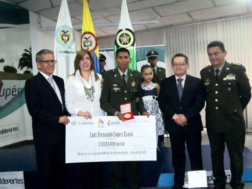 Luis Fernando López medalla 3