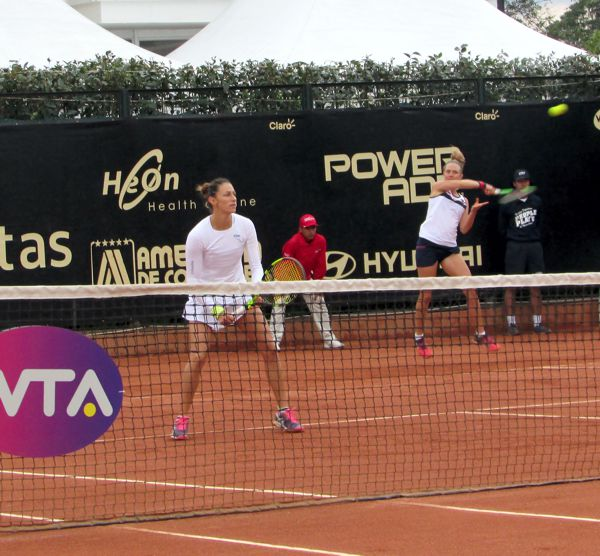 Mariana Duque a la final de dobles Claro Open
