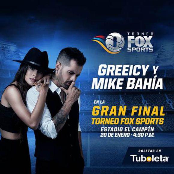 Mike Bahía y Greeicy
