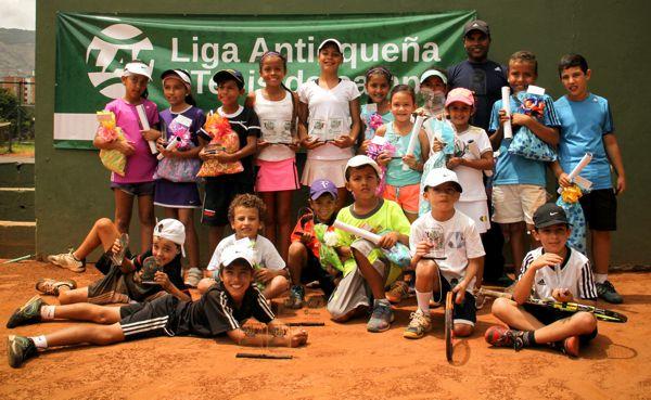 Nal Infantil Champions Kids