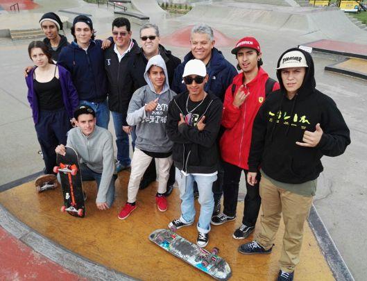 Skateboarding Faca