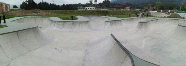 Skateboarding.2