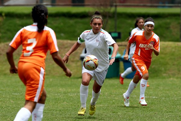 Superate futbol femenino michel
