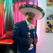 ANGEL ALFARO QUIERE CONQUISTAR EL CORAZÓN DE LOS COLOMBIANOS